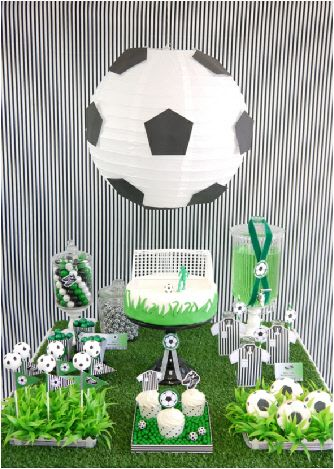 Soccer football birthday party printables and DIY decorations