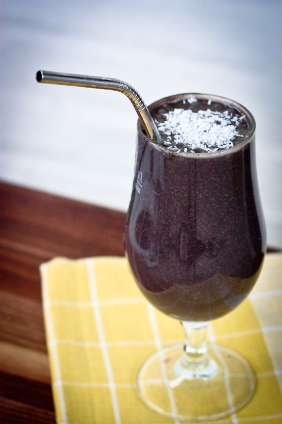 Nut Blueberry Smoothie - Eating Bird Food: Almonds Butter Smoothie ...