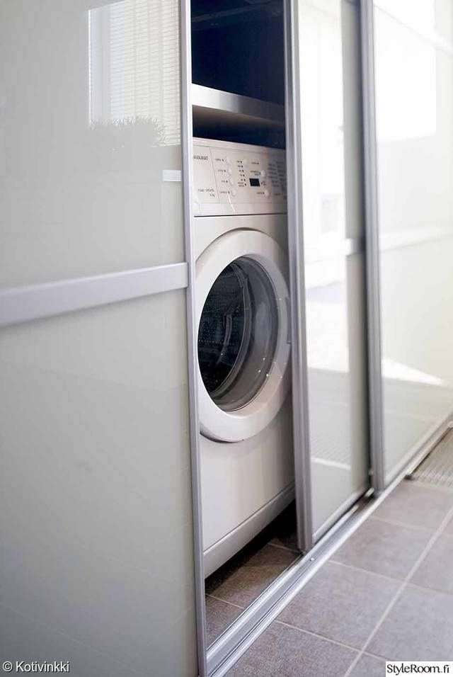Kylppäri, pesukone likuovikaappiin