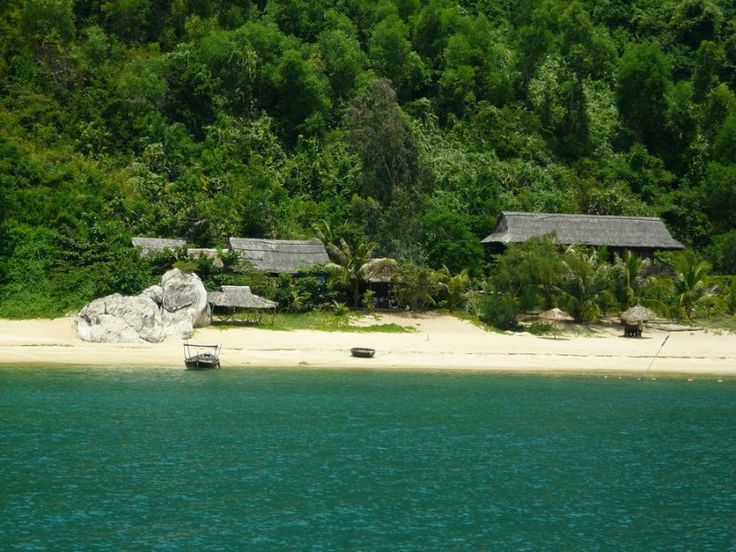 Cham islands are supposed to be the first place where Cham people landed, coming to Quang Nam Province from Indonesia