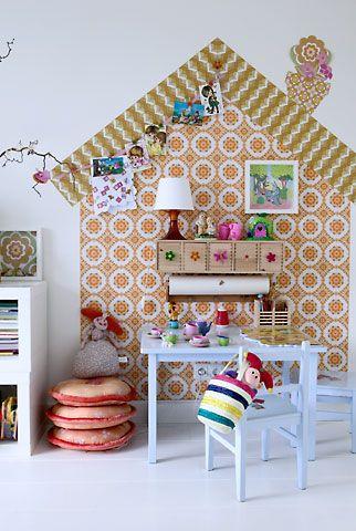 Using vintage wallpaper.: Ideas, Girl Room, Girls Room, Kidsroom, Nursery, Kids Rooms