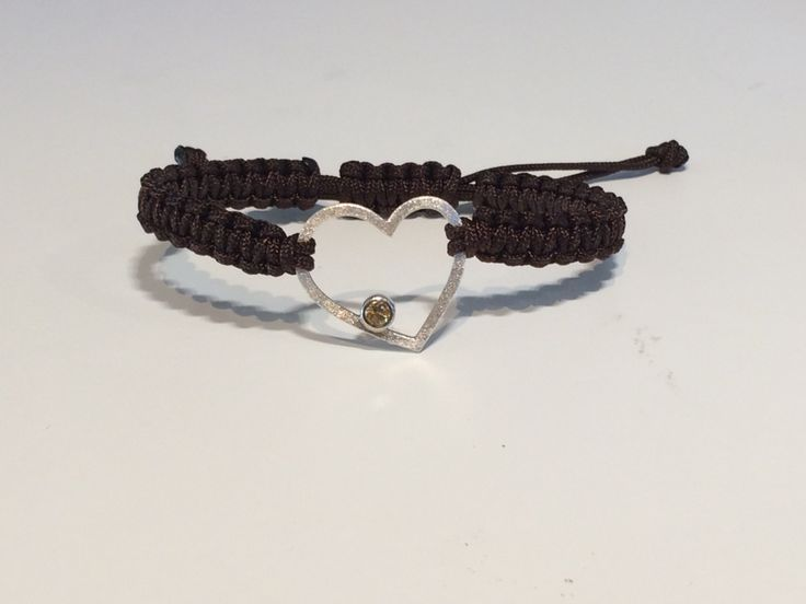 Knotted bracelet with silver heart and citrin