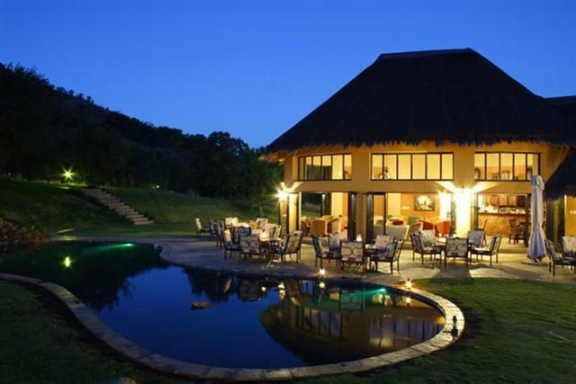 Spend a night in Ivory Tree Game Lodge with #mountziontours in Pilanesberg.