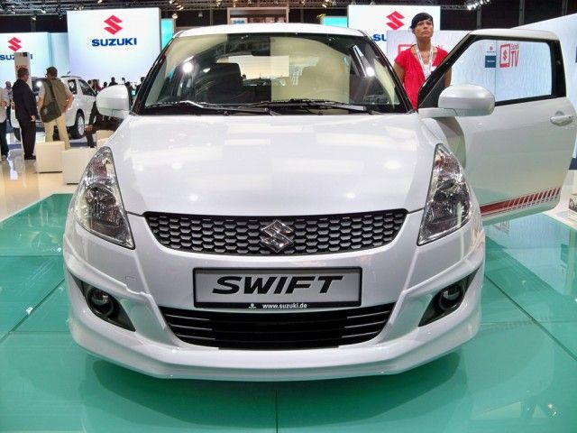 front 2015 suzuki swift sporty white #2015SuzukiSwiftSporty #Car #Autos #Review #Suzuki #car2015 #Swift #Sporty #White