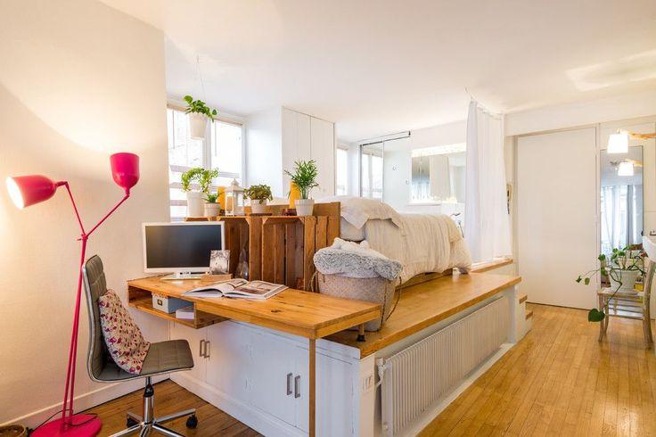 Мультифункциональный блок, вмещающий письменный стол, шкафы для хранения, спальное место и электрический радиатор отопления