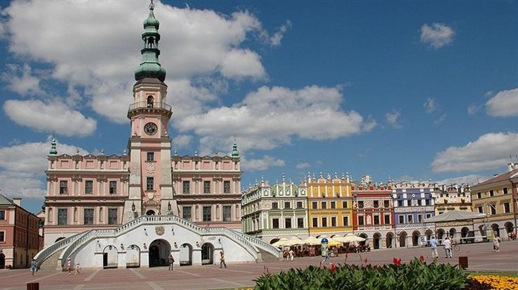 66 Beautiful Towns in Europe (Zamość, Poland - City Hall and Main Square)