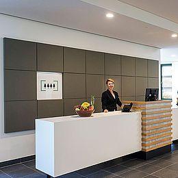 Glostrup Park Hotel: akustikløsninger og gardiner.