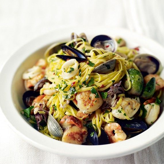 Stylish but oh-so-simple: we love this seafood linguine recipe
