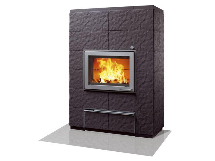 New Valkia Kide with heat-retaining soapstone heart and three-dimensional figure coating.  http://www.tulikivi.fi/tuotteet/VALKIA_KIDE #uutuus #takka #tulikivi #new #fireplace