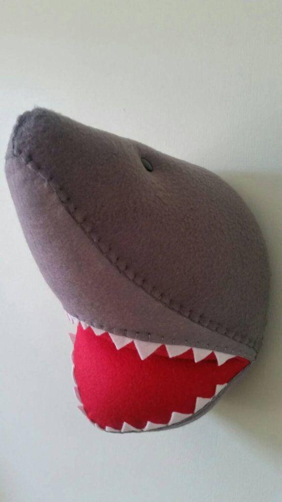 SHERIDAN SHARK Faux taxidermie voelde van GillsEmporium op Etsy
