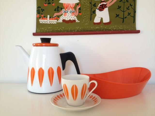 Cathrineholm Lotus coffeepot, Lotus Lyngby coffeecup and saucer, Rosti breadbasket