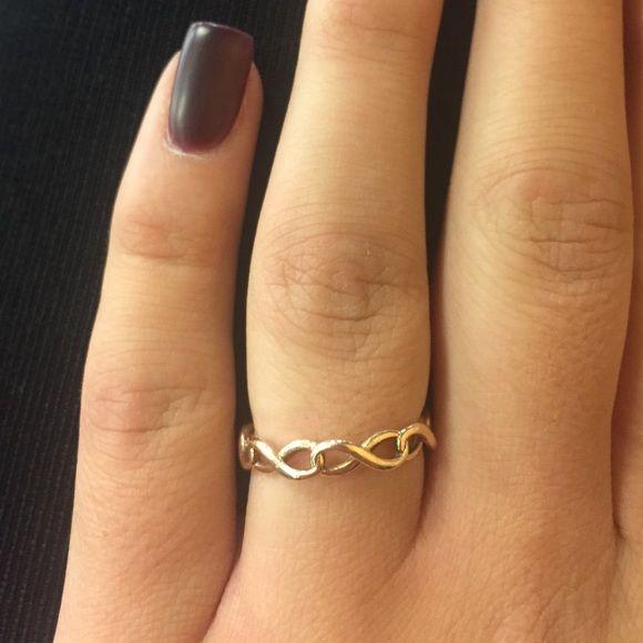 Tiffany's infinity ring Rose gold tiffany's and co infinity ring. Bought a year ago Tiffany & Co. Jewelry Rings