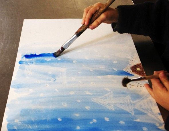 Con acuarela hacemos la nieve (pintado con ceras blancas) visible. With watercolor we make the snow (painted with white wax) visible. Mit Wasserfarben machen wir den Schnee (mit...