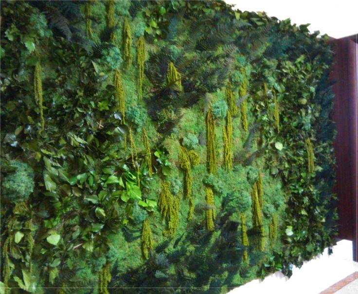 VERTICAL GARDEN STABILIZED #PreservedMoss #Stabilizedplants #stabilisiert #Pflanzenbilder #GrüneWand #Gartengestaltung #стабилизированныерастения #gardendesign #greenarchitecture  #greenwalls #mossframe #mosswalls   #verdeverticale #verticalgarden #bonsaistabilized #preservedplants  #rosestabilized