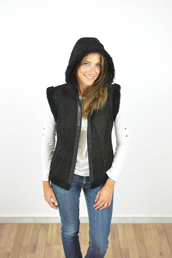 Sleeveless Jacket Black Hooded Jacket made with Sheepskin