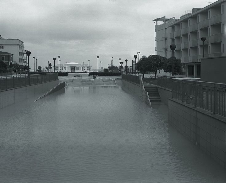 Senigallia(e dintorni): 3/05/2016. 2^ anniversario Alluvione del 2014.  Per non dimenticare... #amollomanonmollo  [giadaconnestari01_bd.jpg (829×672)]