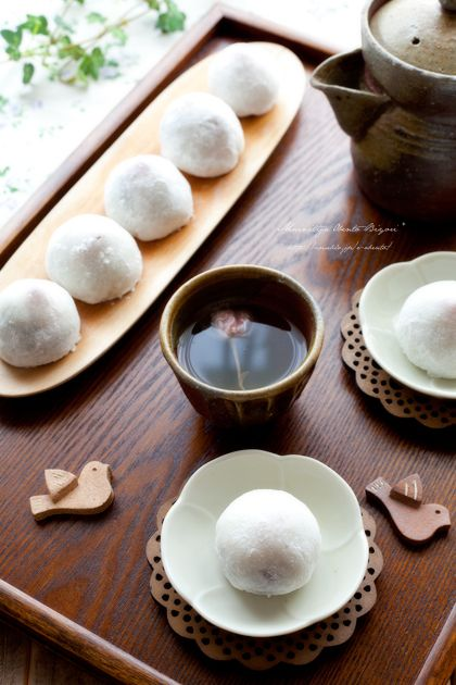 "Japanese sweets / ミニ大福(mini daifuku) www.papua-by-raz.co.il/workshop/food מוזמנים לסדנת ""אוכל – לא רק קלוריות"""