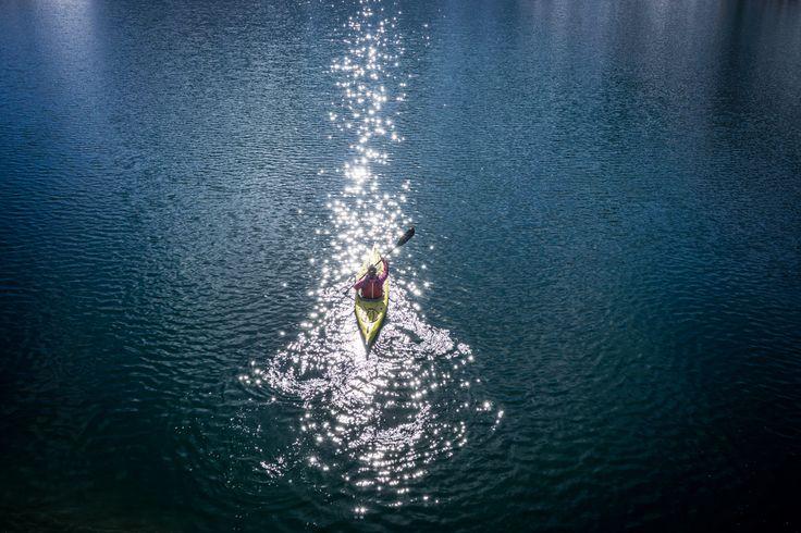 kayak in the sun, Italy © Ruggero Arena