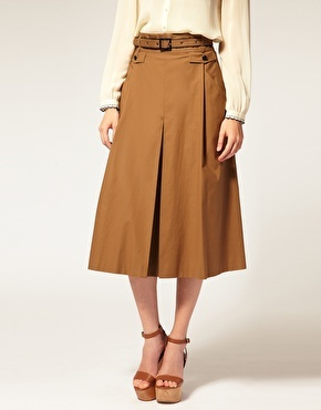 Adorable skirt!! LOVE!! to casual?