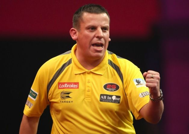 Dave Chisnall will make his Premier League Darts debut in 2014 after being confirmed as part of the elite 10-man field.