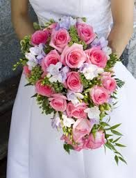 Feed your girly side with these pink roses as your bouquet, why over complicate things with a whole bunch of different colours? It's fine if that's your thing, but a simple collation of pink, purple and white allows for some colour as well as keeping it simple. #weddingideas# weddinginspiration #2016weddings #ruralweddings #devonweddingservice