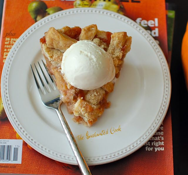 The Enchanted Cook: Paula Deen's Crunch Top Apple Pie, Y'all. I added more apples and used Granny Smith and Honey Crisp..also added extra sugar and used 8 oz. of apple sauce instead of 16oz