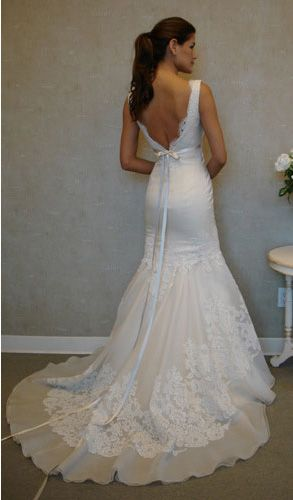 Ivory Silk Organza trumpet bridal gown, sleeveless Alencon lace