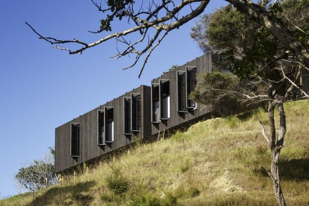 The Castle Rock House by Herbst Architects/ Parnell, Auckland New Zealand