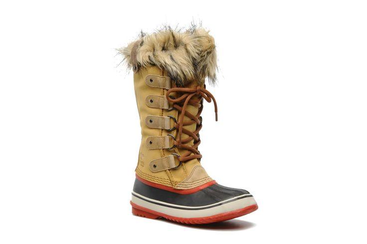 ¡Cómpralo ya!. Joan of artic by SorelRebajas - 0%. ¡Envío GRATIS en 48hr! Zapatillas de deporte Sorel (Mujer), disponible en 36 Botas Sorel Joan Of Artic para mujer, en nobuk y piel sintética, con punta redonda, cordones (5 pasantes) y suela de caucho. Plantillas extraíbles. La anchura del zapato para un número de pie 38 es de 11 cm. ¿Quién ha dicho que las condiciones climáticas extremas marcan lo que tenemos que ponernos? Con las botas con ribete forrado Joan Of Artic de Sorel, ¡...