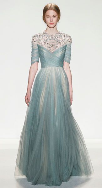 Fashion in Motion: Jenny Packham Celebrates 25 Years With Free Catwalk Shows At The V&A!