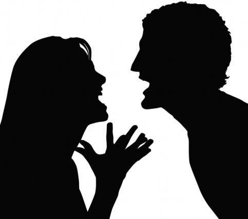 Ξαφνικά κατάλαβα για ποιο λόγο τσακώνονται οι άνθρωποι…  Γιατί ποτέ δεν ακούει ο ένας τον άλλον προσεκτικά!  Γιατί κάθε τσακωμός είναι αγώνας δρόμου… ποιος θα την πει πρώτος, ποιος θα κερδίσει στο τέλος, ποιος θα βγει από πάνω για να ικανοποιηθεί ο εγωισμός του!  http://readmebyeleni.com/anthropoi/epikoinonia-ora-0/