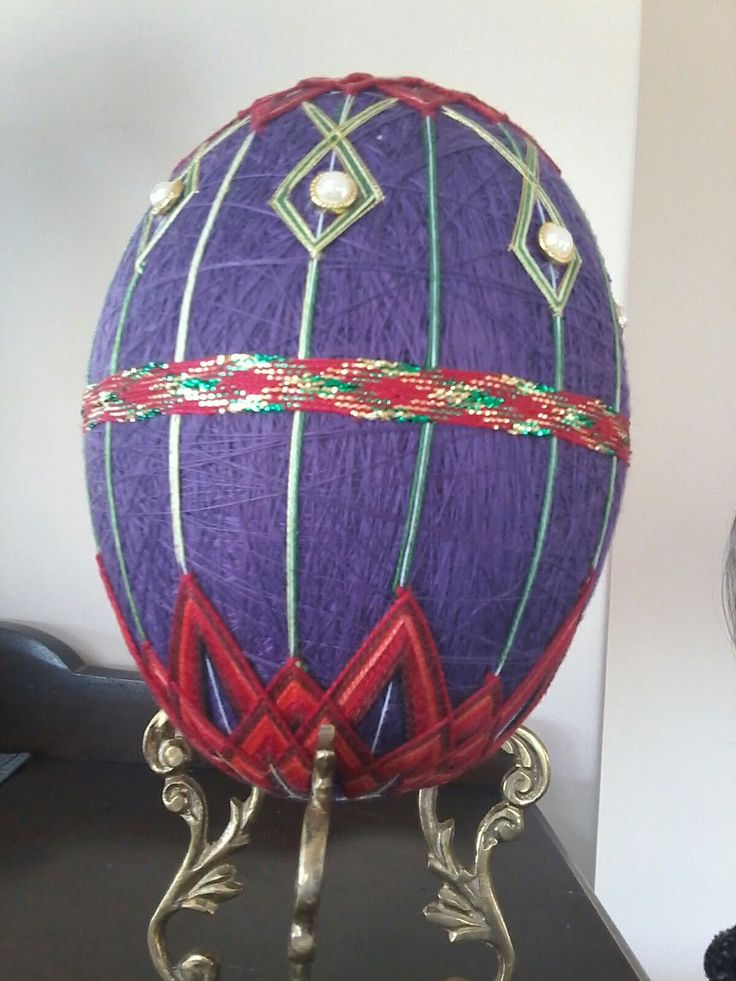 My first attempt of a Tamari Ukrainian Easter egg.