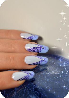 40 de modele de unghii albastre elegante