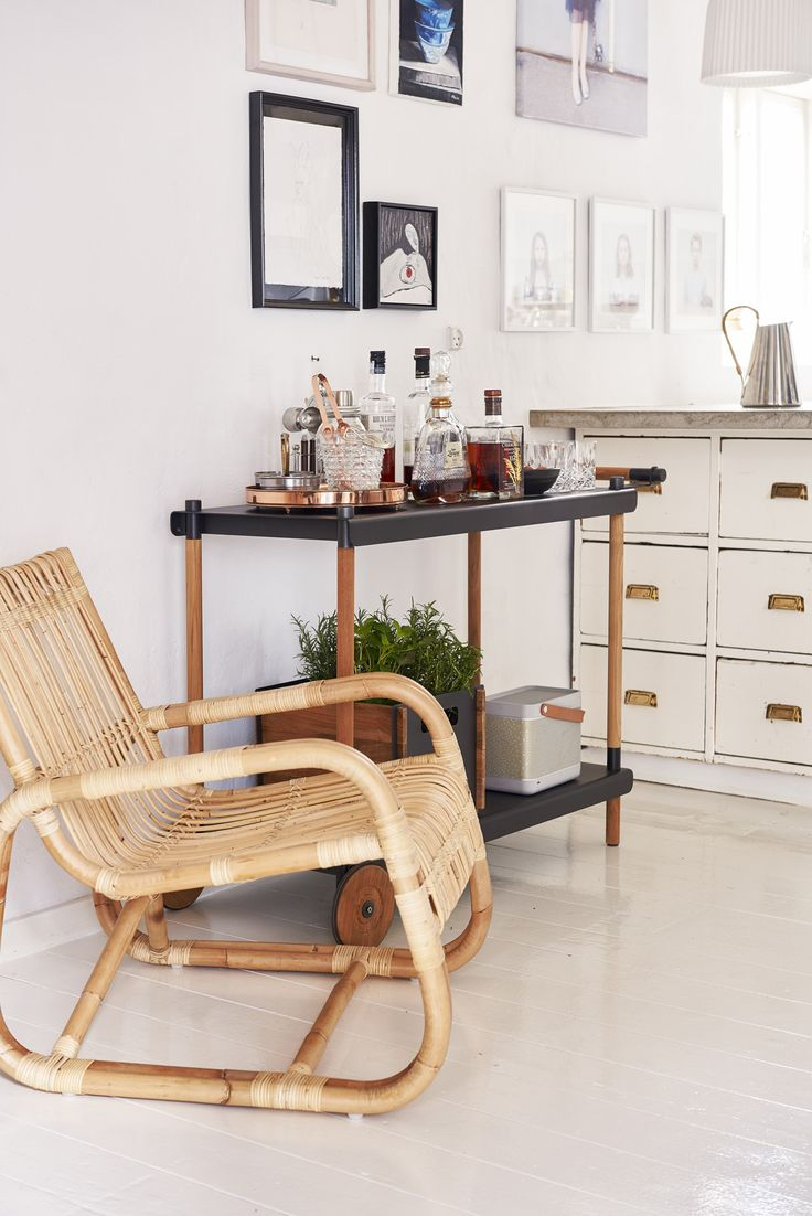 Frame trolley and curve chair, rattan.