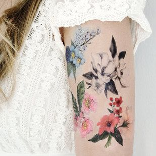 Incredibly beautiful temporary tattoos.