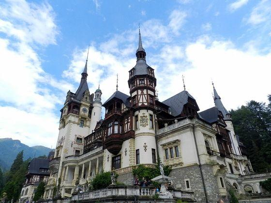 Il Castello di Peles, vicino a #Sinaia, in #Romania - pic di Libra