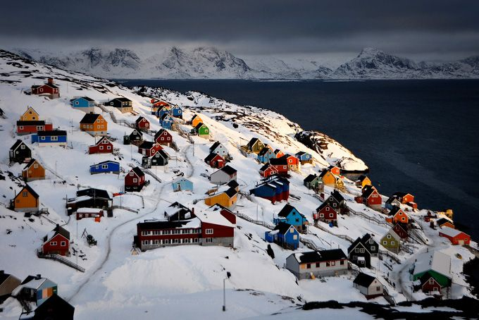 Городок Сисимиут в Гренландии