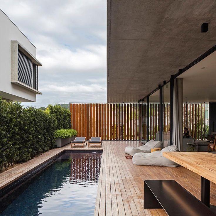 Bravos House design creates a simple color