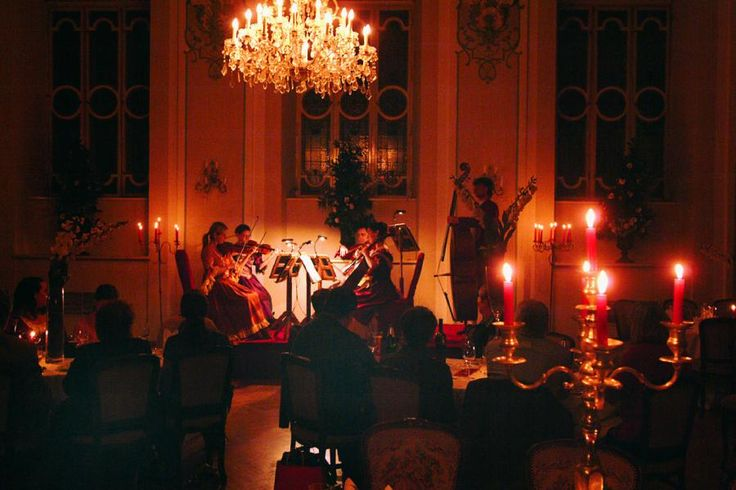 5 strings and 2 singers dressed in Mozart's period costumes present highlights from his famous operas at St. Peter Restaurant. During the concert breaks we serve you a delicious 3 course dinner prepared according to Mozart's recipes. Enjoy a unique experience that will take you back to Mozart's Era with Tourboks.