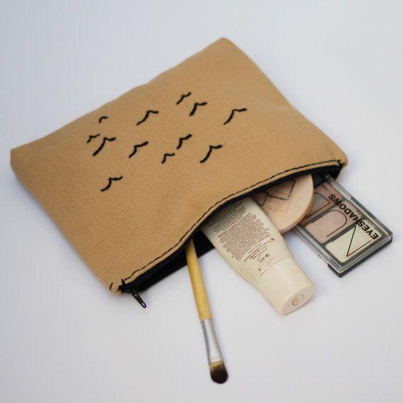 seagulls makeup bag / bridesmaid gift / cream  / by NIARMENA