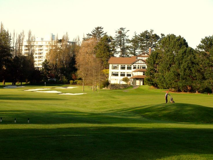 © VGC   Hole 16   Waterloo   Playing back towards the clubhouse, the challenge on this par four is keeping out of the many bunkers that line the fairway and guard the two-tiered green. Finishing out the hole can be your 'Waterloo' as you'll have an audience watching from the dining room, locker rooms and bars. #golf #golfcourse #westcoast #yyj #victoriagolfclub
