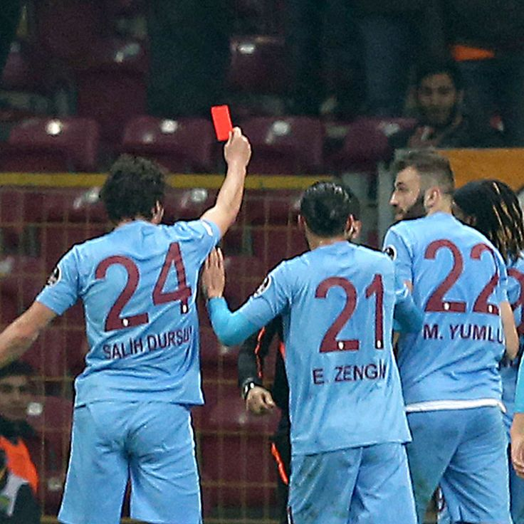 Trabzonspor player shows referee a red card