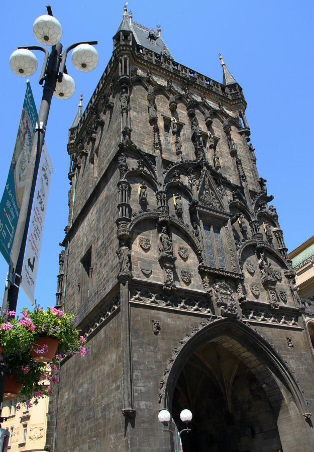 Torre de la Pólvora en la Ciudad Vieja de Praga