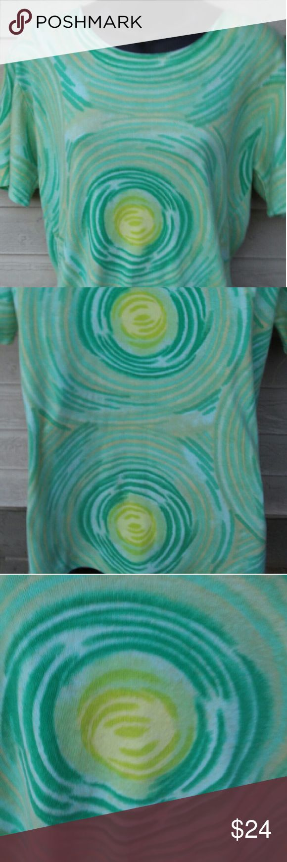 Awesome psychedelic green lime spiral t M Really cool vintage Medium green yellow spirals shirt Tops Tees - Short Sleeve