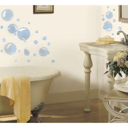 Il est facile d'ajouter des bulles à l'heure du bain avec cet ensemble de décalcomanies murales de RoomMates. Faciles à retirer et à repositionner, ces bulles bleues ont fière allure sur le mur de la salle de bain. 17,99$