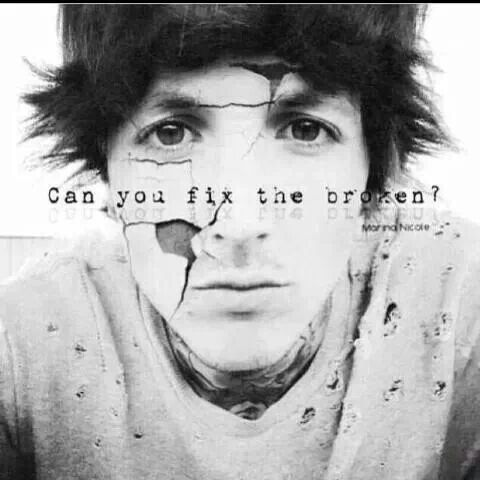 104 best images about Oli Sykes on Pinterest   Songs ... Oliver Sykes Can You Feel My Heart