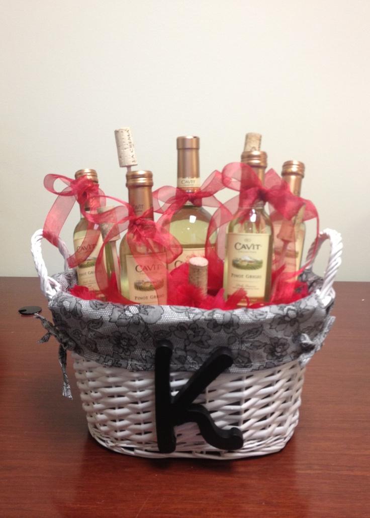 30 best ideas about wine gift baskets on pinterest for Best wine gift ideas