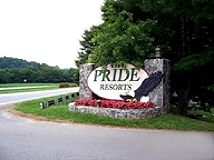 Entrance to Pride Resort Waynesville,NC