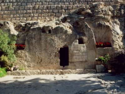 The Garden Tomb. Believed to be where Christ was buried and rose. √ Saw this on Isreal trip 2015