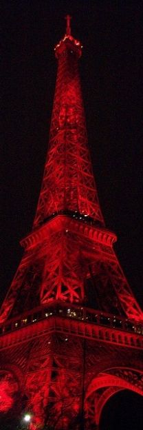 The color red and the Eiffel Tower